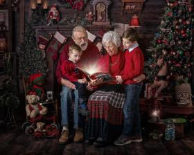 Santa sessions with Juls Buckman Photography